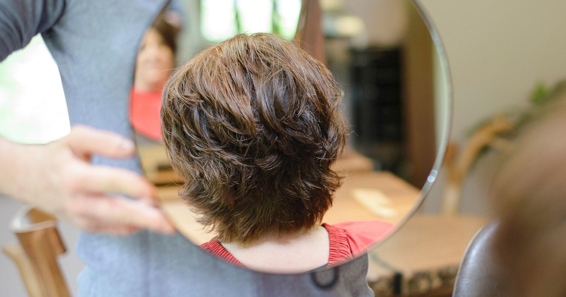Naturfriseur Allgaeu Haarschnitte unterstützen auf dem Weg zur chemiefreien Frisur